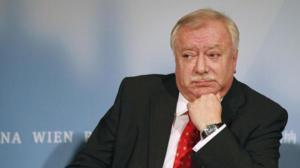 Χόιπλ: Η Ε.Ε δεν συμπεριφέρθηκε δημοκρατικά απέναντι στην Ελλάδα