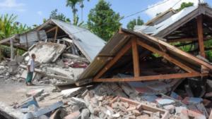 Τρόμος και 91 νεκροί από τον σεισμό των 6,9 Ρίχτερ στην Ινδονησία