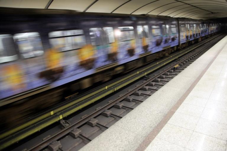 Μετρό Θεσσαλονίκης: Έφτασε το υπερσύγχρονο βαγόνι χωρίς οδηγό!