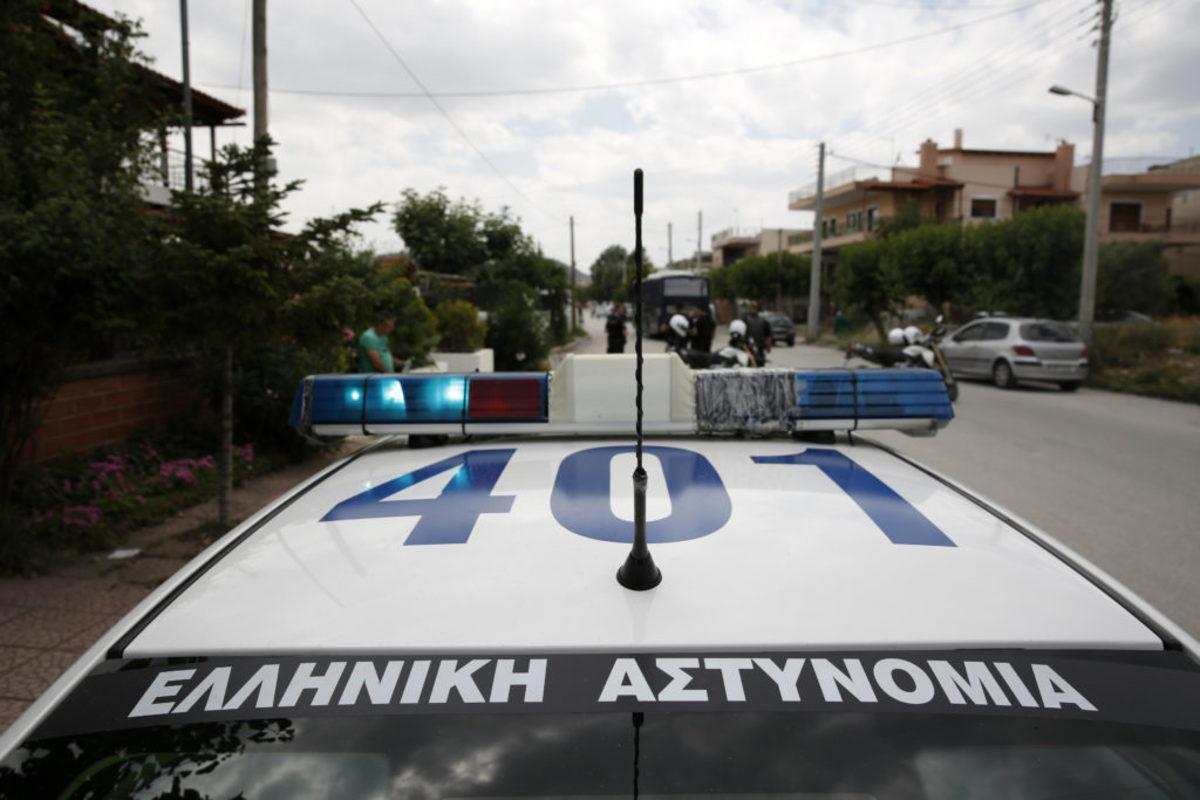 Κρήτη: Τράβηξε μαχαίρι στους αστυνομικούς γιατί… εκνευρίστηκε από την κίνηση στο δρόμο!