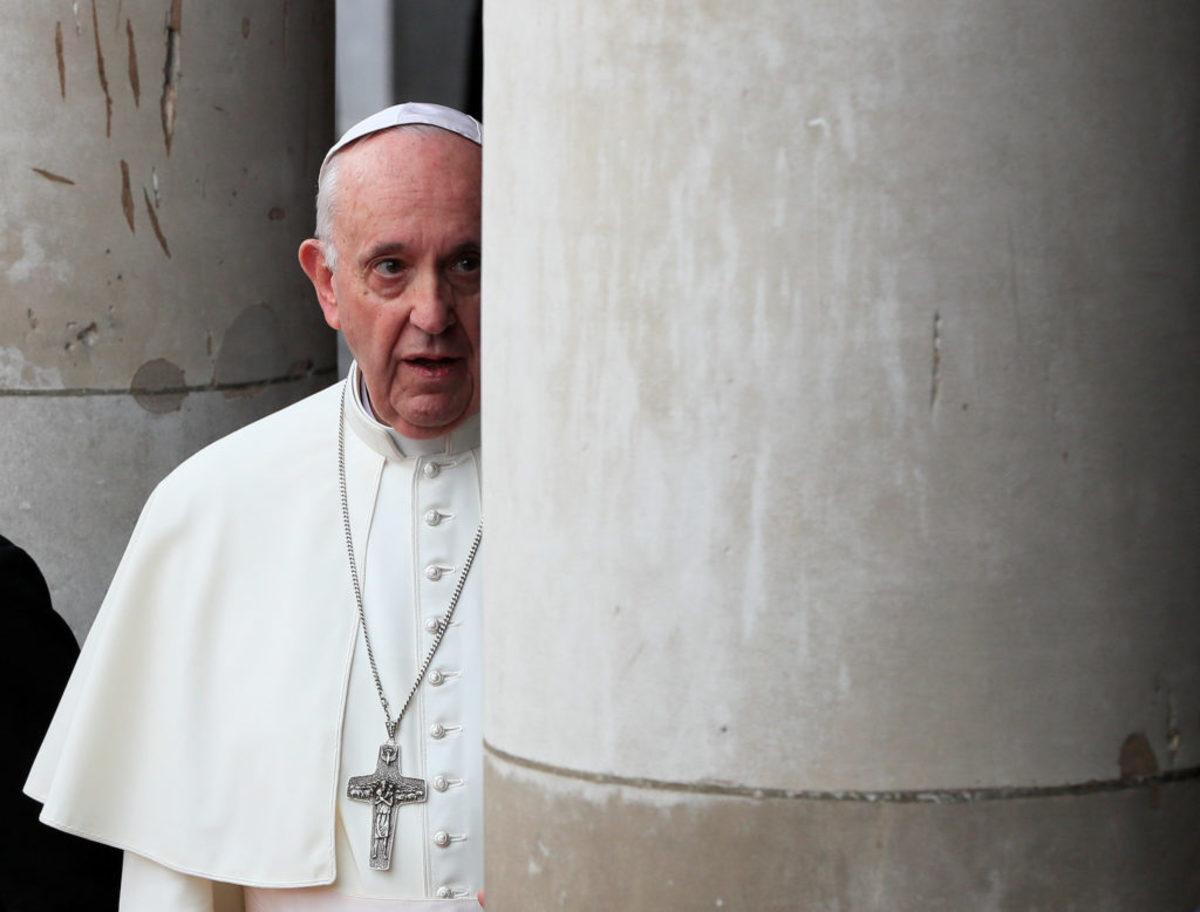 Πάπας: Οδύνη και ντροπή για τα απεχθή εγκλήματα του κλήρου στην Ιρλανδία