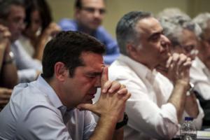 Ανασχηματισμός… θέμα ωρών – Ανακατεύει την τράπουλα ο Τσίπρας