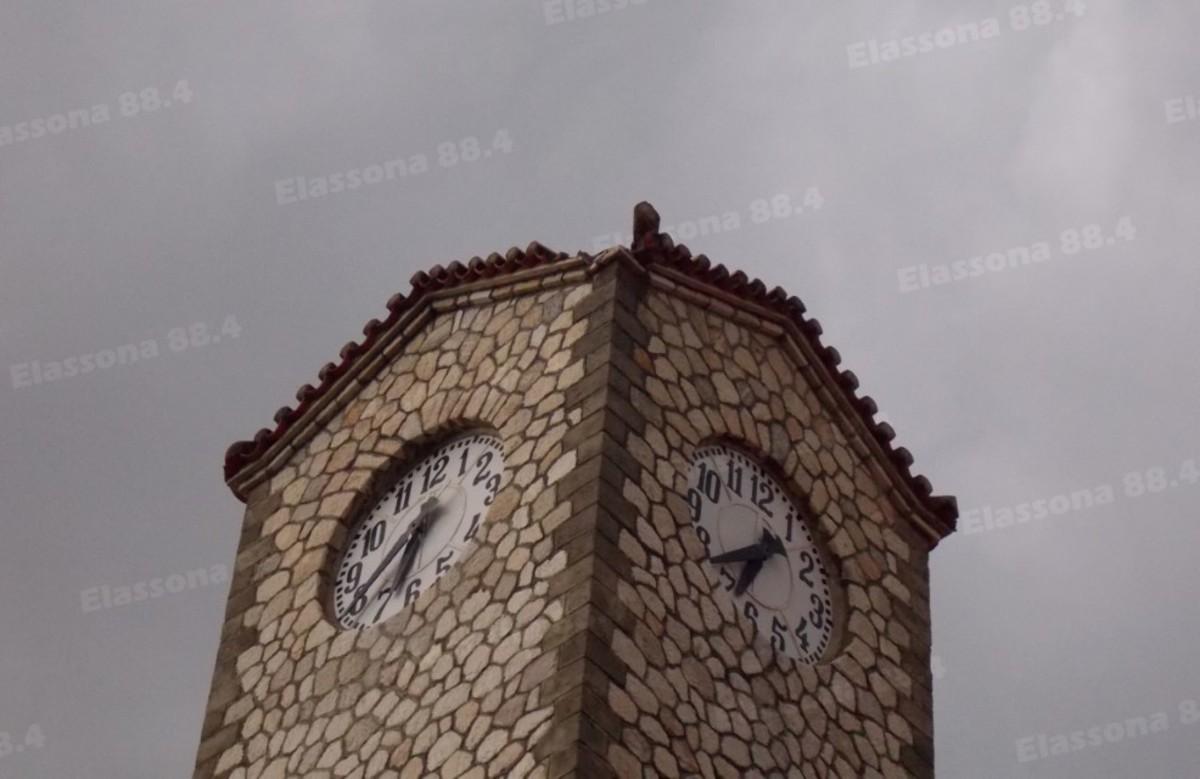Λάρισα: Κεραυνός προκάλεσε ζημιές στο καμπαναριό της εκκλησίας – Αυτοψία στο σημείο της Ελασσόνας [pics]