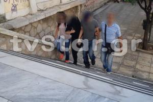 Λαμία: «Καλώς ήρθες στην φυλακή σου, θα είσαι πάντα η σκλάβα μου» – Νέα στοιχεία για την ομηρία της Γαλλίδας – video