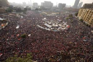 Αίγυπτος: Θανατικές ποινές και ισόβια, στη μαζική δίκη για τη διαδήλωση του 2013