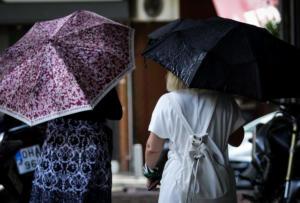 Καιρός: Έρχονται βροχές και καταιγίδες – Δείτε που η ομπρέλα είναι απαραίτητο αξεσουάρ