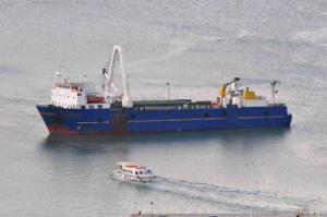 Μηχανική βλάβη σε φορτηγό πλοίο ανάμεσα σε Κύθνο και Σύρο