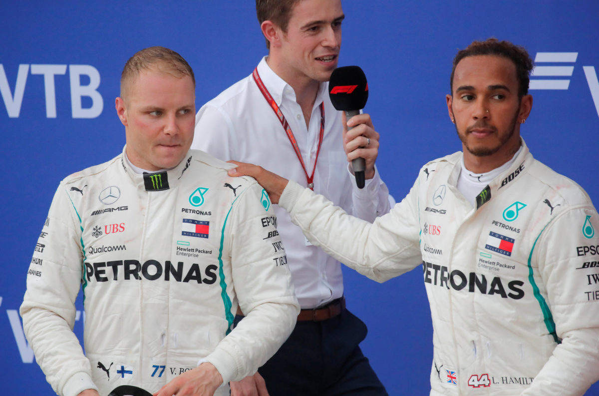 "F1: Παιδιά, μας βλέπουν! Ο ""wing man"" Μπότας έδωσε... άλμα τίτλου στον Χάμιλτον"