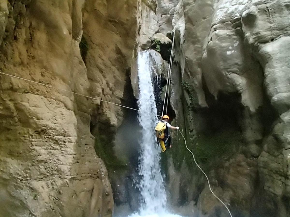 Θρίλερ για 19 ορειβάτες στην Πάτρα – Επιχείρηση της ΕΜΑΚ ως τα ξημερώματα