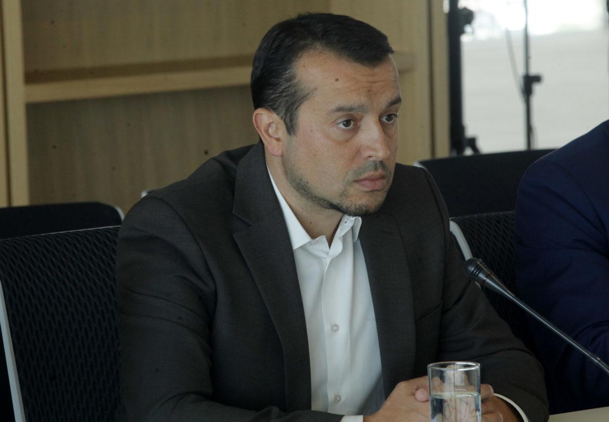 Ο Νίκος Παππάς για τηλεοπτικές άδειες, δημοσκοπήσεις και ΕΡΤ