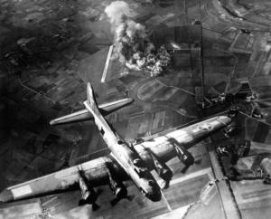 Οι βόμβες του Β' Παγκοσμίου Πολέμου σημάδεψαν μέχρι και τα σύνορα με το διάστημα
