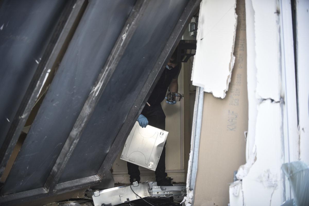 Γης μαδιάμ στο Βύρωνα από έκρηξη σε ΑΤΜ!