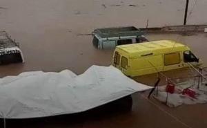 Κορινθία: Νεκρός οδηγός στο Βραχάτι – Υπέστη έμφραγμα την ώρα της κακοκαιρίας – Χάος στην περιοχή [pics, video]