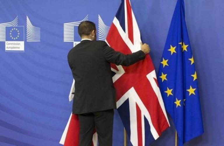 Brexit: Διακόπηκαν μέχρι την τετάρτη οι συνομιλίες!