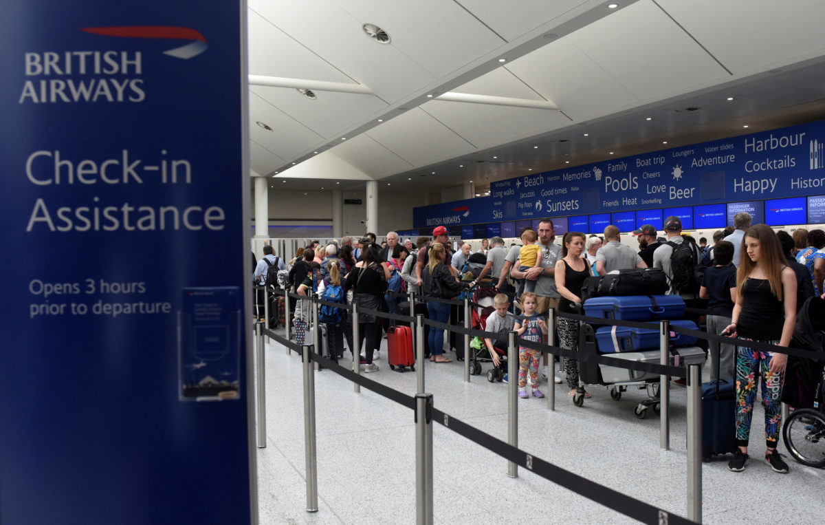 British Airways: Χάκερς έκλεψαν τα δεδομένα από 380.000 τραπεζικές κάρτες!