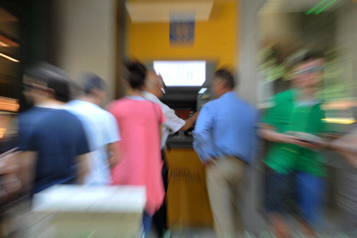 Τέλος τα capital controls για αναλήψεις στην Ελλάδα - Τι αναφέρει η απόφαση