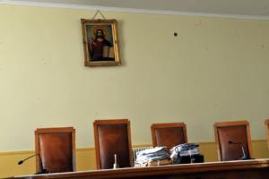 Ικανοποίηση της Ένωσης Δικαστών και Εισαγγελέων για την αναστολή των διατάξεων για την υποχρεωτική διαμεσολάβηση