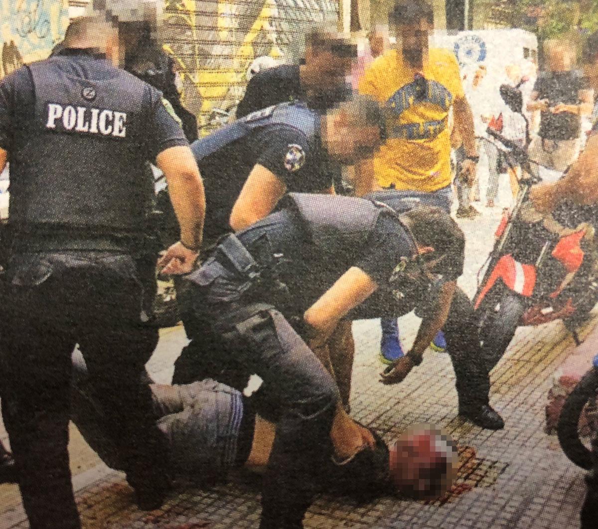 Απόταξη ή αργία για τους 8 αστυνομικούς που χτύπησαν τον Ζακ Κωστόπουλο