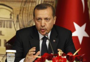 Απειλεί να ακυρώσει τη συνέντευξη Τύπου με τη Μέρκελ ο Ερντογάν