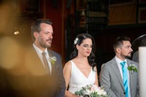 Πάτρα: Η νύφη απαστράπτουσα και ο γαμπρός εθιμοτυπικός – Ο γάμος και οι εικόνες που συζητήθηκαν [pics]
