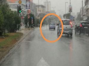 """Κυκλώνας Ζορμπάς: """"Ράμπο"""" δάσκαλος οδήγησης έβγαλε μαθητή στην Μεσογείων! [pics]"""