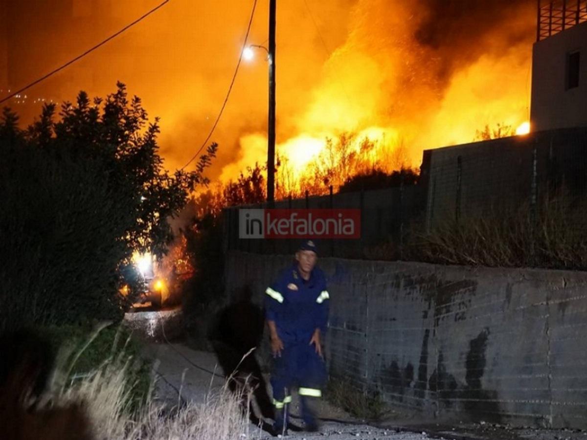 Φωτιά στην Κεφαλονιά: Ακόμη ένα εφιαλτικό βράδυ!
