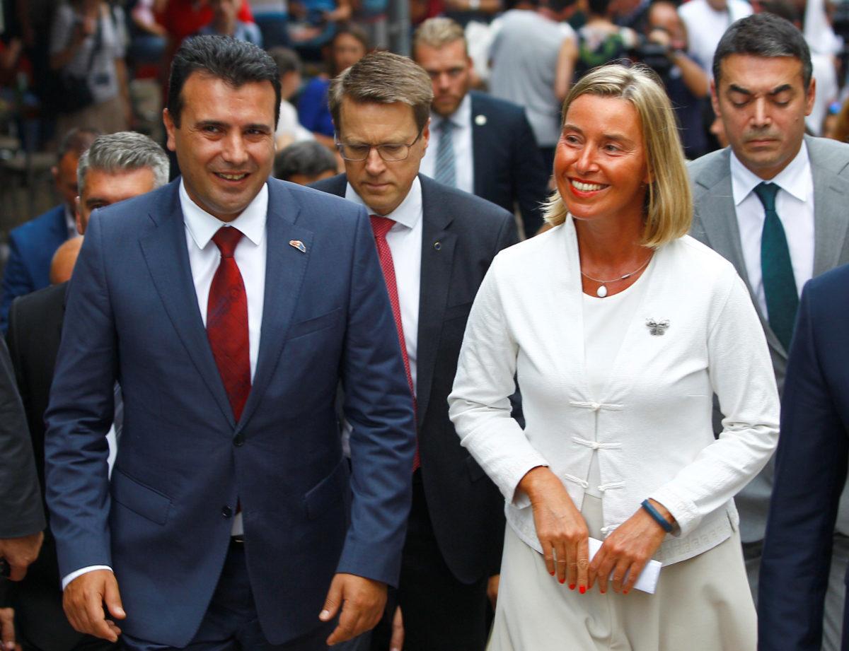 """Επίσκεψη Μογκερίνι στα Σκόπια – """"Στηρίζουμε την συμφωνία των Πρεσπών"""""""