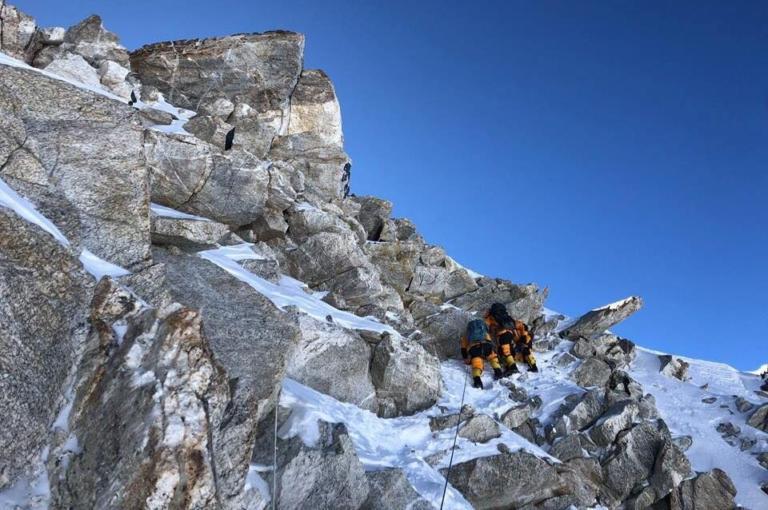 """Έλληνας ορειβάτης έτοιμος για επικίνδυνες αποστολές θα """"πατήσει"""" στα Ιμαλάια"""