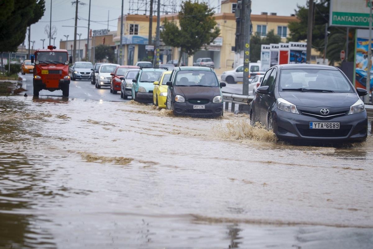 Βήμα - βήμα πώς θα χτυπήσει ο κυκλώνας Ζορμπάς σήμερα! Αναλυτική πρόγνωση του καιρού