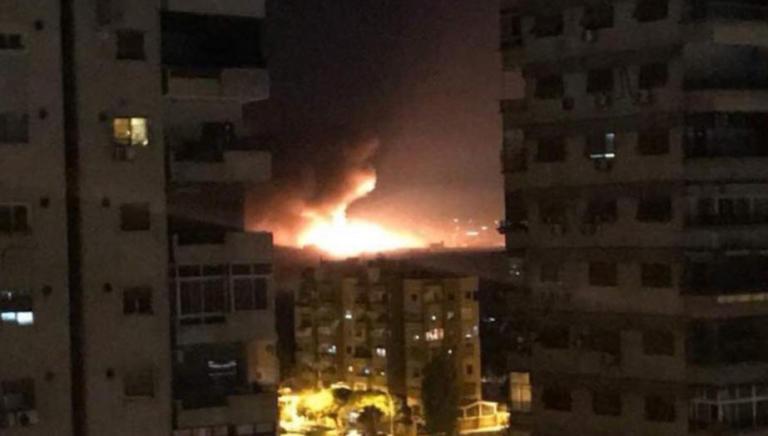 Επιδρομές με πυραύλους στο αεροδρόμιο της Δαμασκού [video]