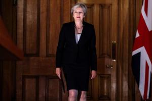 Brexit: Η κόκκινη γραμμή και η προειδοποίηση στη Μέι – Νέα πρόταση για τα ιρλανδικά σύνορα