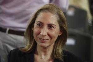 Ξενογιαννακοπούλου: Νομοθετούνται και εφαρμόζονται με τη νέα χρονιά τα μέτρα Τσίπρα για το Δημόσιο