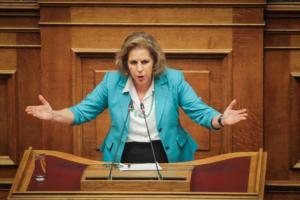 Χριστοφιλοπούλου: Τα χημικά που θα καταργούσε ο ΣΥΡΙΖΑ στέφονται κατά των παιδιών
