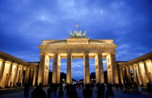 Γερμανία: Μήνυμα σε Ελλάδα και Σκόπια για τη συμφωνία των Πρεσπών