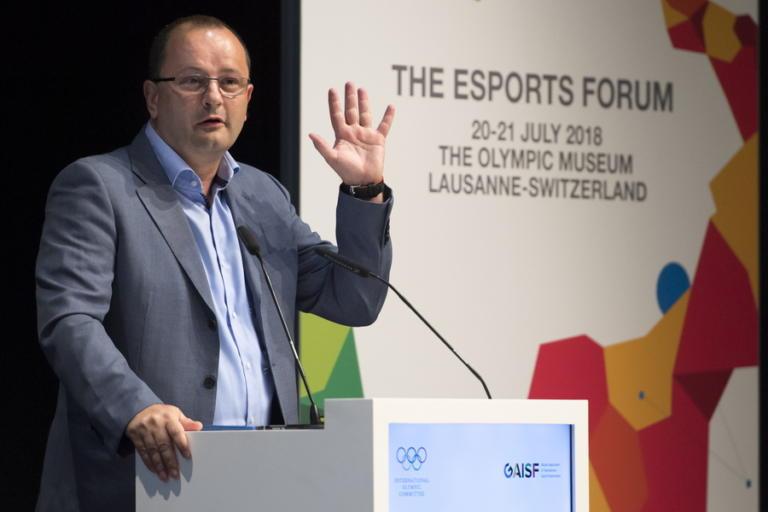 """Σοκ στο παγκόσμιο μπάσκετ! """"Έφυγε"""" ο γενικός γραμματέας της FIBA"""