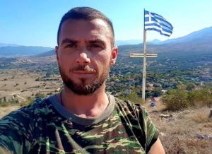 Αλβανία: Πυροβολισμοί και καταδίωξη ομογενή επειδή ύψωσε την ελληνική σημαία – Video [pics]