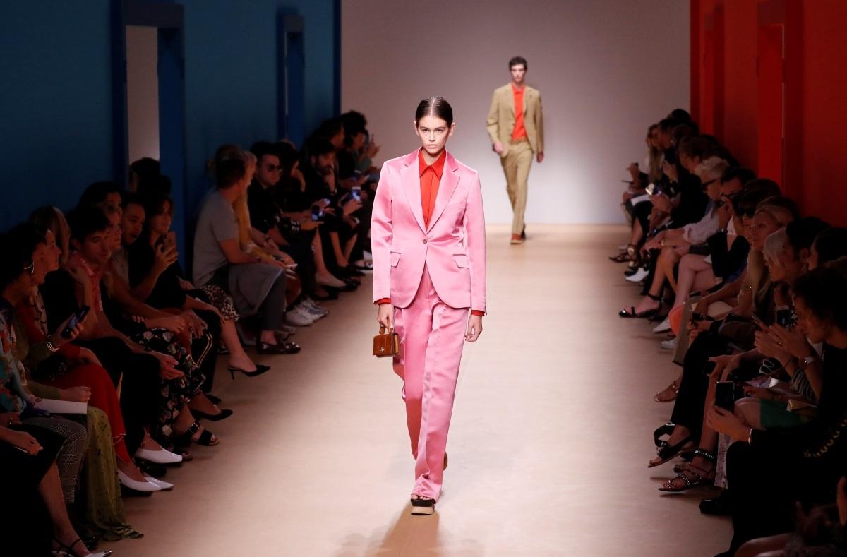 Πένθος για κορυφαίο οίκο μόδας! Ανάμεσα στις διασημότερες πελάτισσές του ήταν και η Μέριλιν Μονρόε! [pics]