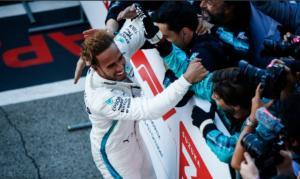 "F1: Ο Χάμιλτον ""αγκάλιασε"" τον τίτλο! video"