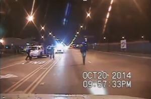 Το βίντεο καίει αστυνομικό που εκτέλεσε 17χρονο Αφροαμερικανό – Άδειασε πάνω του τον γεμιστήρα