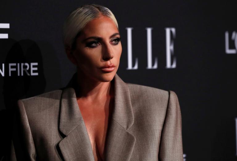 Lady Gaga: Ποσό μαμούθ για το μονόπετρο των αρραβώνων