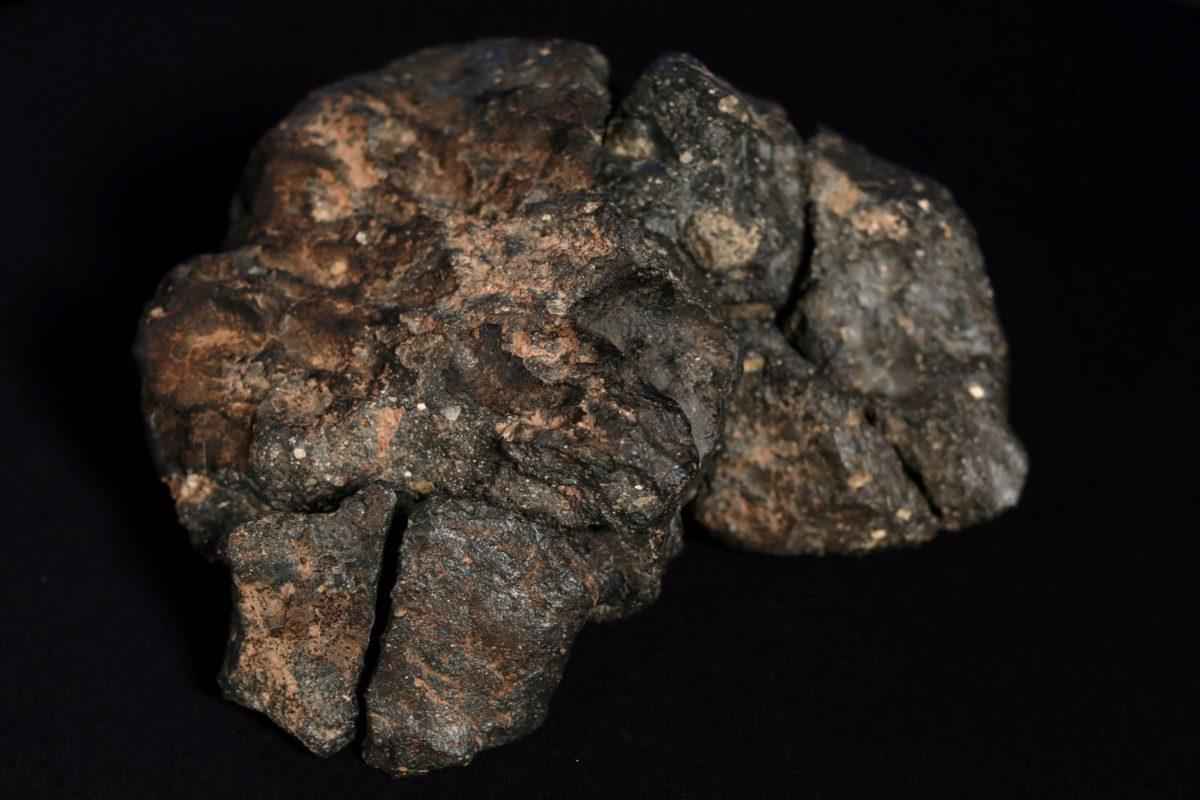 """""""Επαναπατρίστηκε"""" μετά από 164 χρόνια ο πρώτος ελληνικός μετεωρίτης !"""