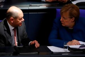 Η Γερμανία βάζει χέρι στην Ιταλία για τα χρέη