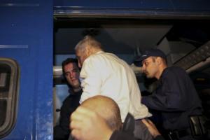 """""""Σφάζονται"""" στη Βουλή για τον Γιάννο Παπαντωνίου"""