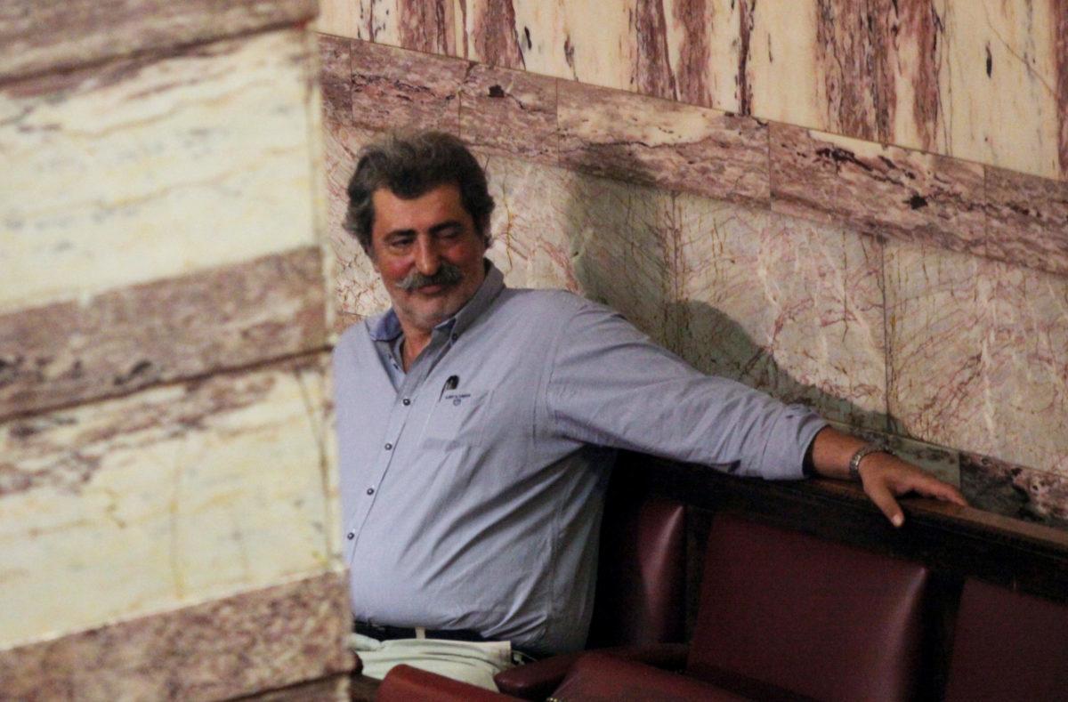 Ο Πολάκης έσωσε τη ζωή συγγενή του μπροστά στον Παυλόπουλο!