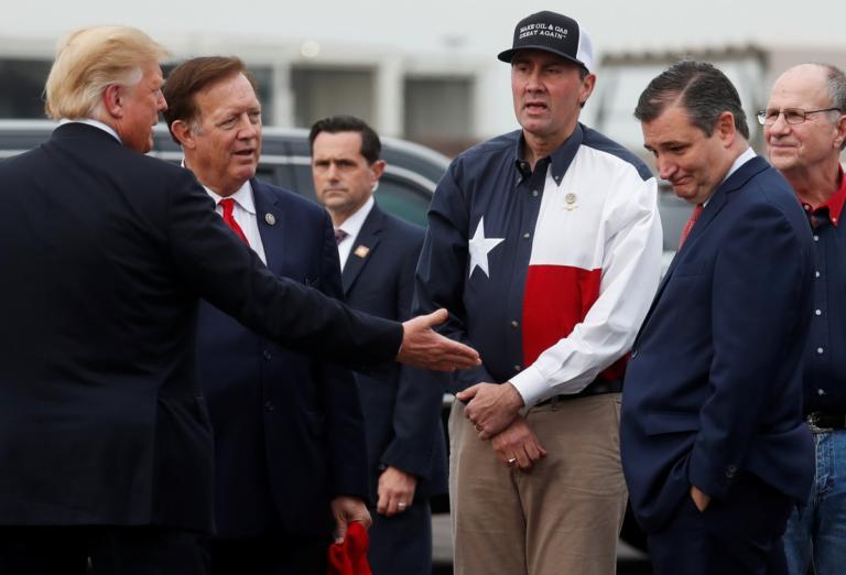 Τραμπ – Κρουζ: Άσπονδοι φίλοι – Τα τακίμιασαν για την εξουσία