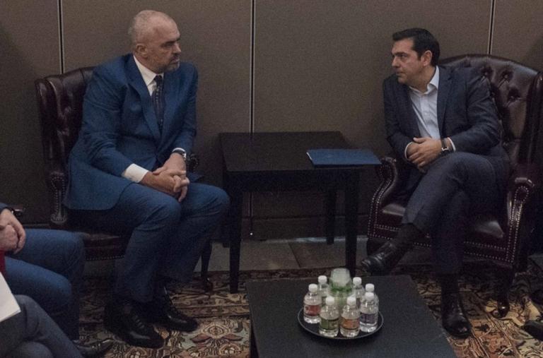 """Σκόπια: """"Συγχαρητήρια φίλε"""" ο Τσίπρας, """"happy birthday Βόρεια Μακεδονία"""" ο Ράμα!"""