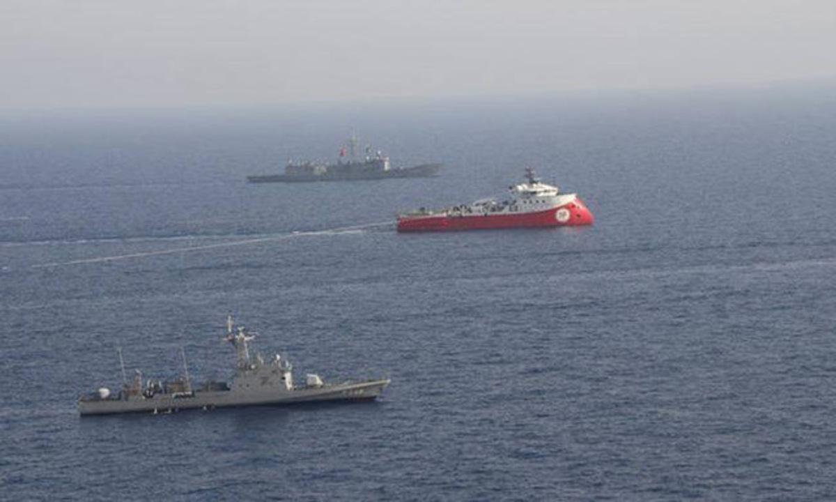 «Αυτοσυγκράτηση από όλους» ζητά η Βρετανία για την Κυπριακή ΑΟΖ