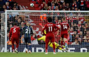 """""""Φωτιά"""" στην Premier League! Ισοπαλία στο Λίβερπουλ – Σίτι και τριπλή ισοβαθμία στην κορυφή – video"""