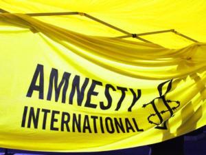 Συνεργάτης της Διεθνούς Αμνηστίας εξιστορεί το… πώς τον απήγαγαν στην Ρωσία!
