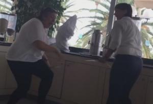 Χανιά: Η φάρσα της δεκαετίας ρίχνει το διαδίκτυο ξανά – Ακόμα τρέχει η υπάλληλος του ξενοδοχείου – video